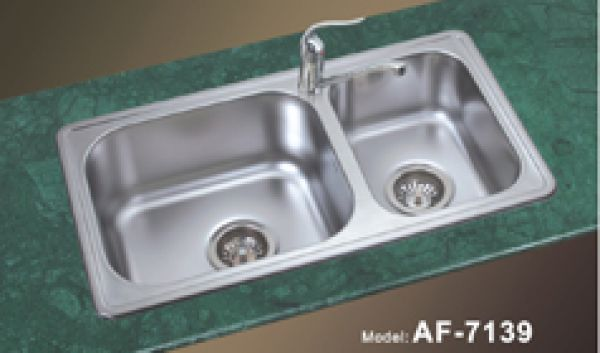 Double Bowl Undermount Kitchen Sinks